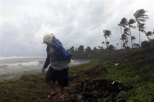 Dominica-Storm
